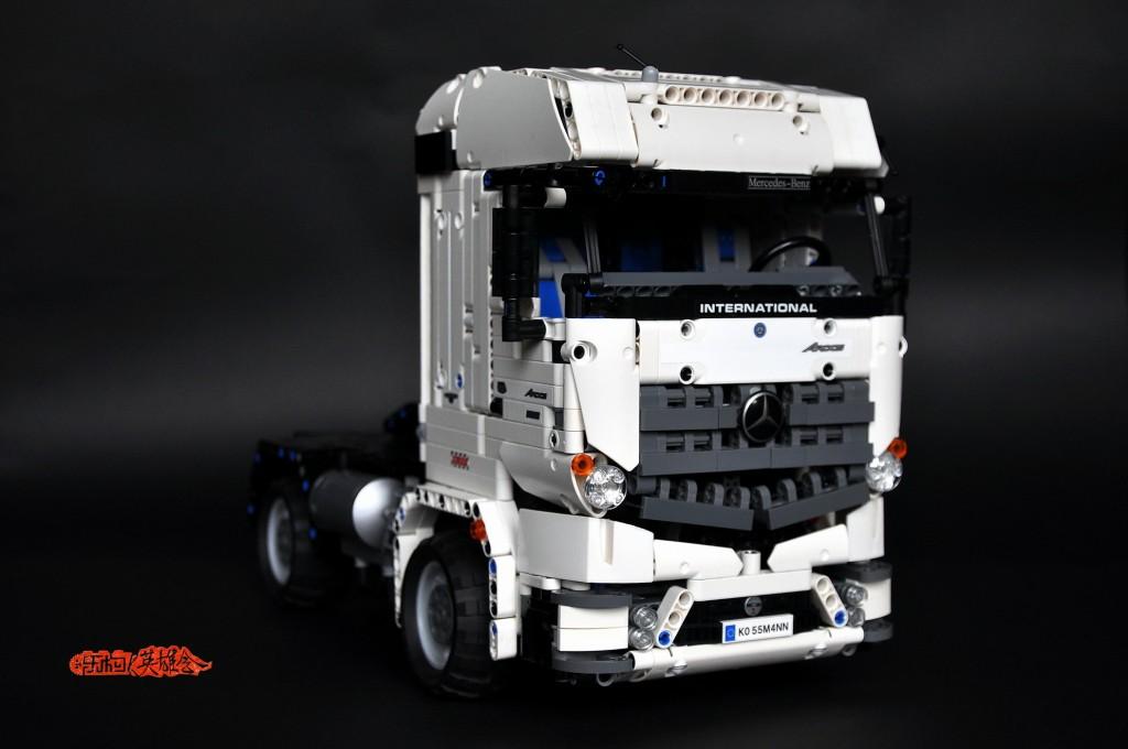 改42043B -奔驰阿克托斯重型拖头