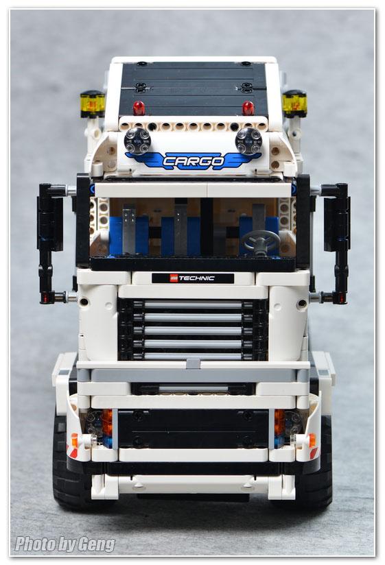【耿耿MOC作品集】1.16米,越大越不嫌大的白色重型拖车