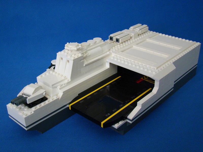 【冰工厂】超轻型隐身航母