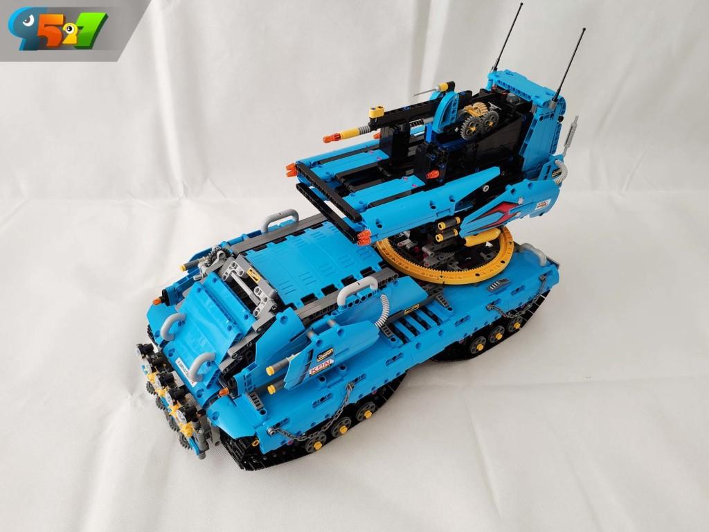 9527乐高科技moc-蓝色战车